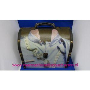 002454 / Naaikist Design Ovaal Blauw Hemd