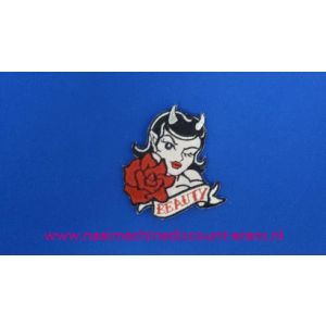 002793 / Beauty met Rode Roos