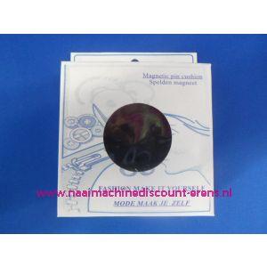 009406 / Magneetspeldenkussen 10 x 10 Cm Zwart