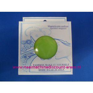 009410 / Magneetspeldenkussen 10 x 10 Cm Groen